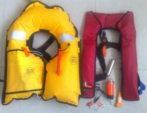 Manual Inflatable Life Jacket/Double Chambers Inflatable Life Jackets pictures & photos