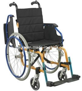 Ce, FDA, ISO13485 Functional Child Wheelchair (ALK907LA-35) pictures & photos