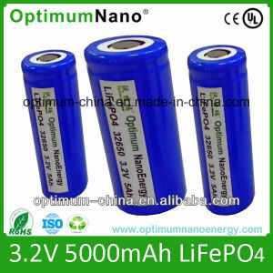 Three Tabs 32650 3.2V 5ah LiFePO4 Battery Cell pictures & photos