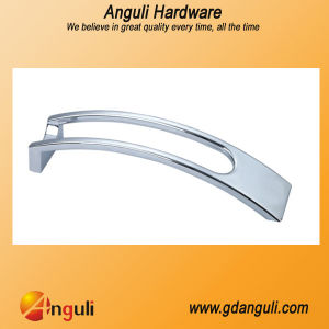 2014 Popular Zinc Alloy Kitchen Handle pictures & photos