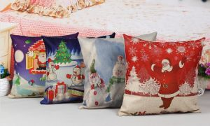 Customize Cosy Home Sofa Christmas Cushion Pillow pictures & photos