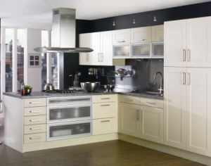 Painting Kitchen Cabinets (#M2012-20) pictures & photos
