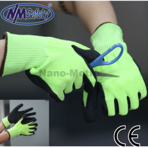 Nmsafety Nitrile Coated Cut Resistant Level 5 Safety Work Glove pictures & photos