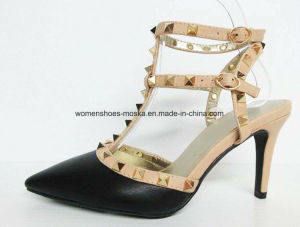High Heel Pointy Toe Sex Women Shoes with T-Bar Studs pictures & photos