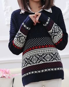 Snow Pattern Loose Sweater (BTQ053) pictures & photos