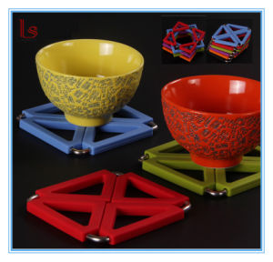 Food Grade Square Silicone Table Trivet Mat for Pot Bowl pictures & photos
