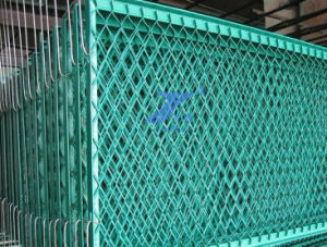 High Quality Stretch Metal Mesh (factory) pictures & photos