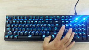 Newest Backlit USB Wired RGB Mechanical Keyboard pictures & photos
