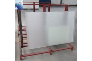 Tempered Ultra Clear Solar Glass with 3.2mm 4mm, Anti Reflective Coating pictures & photos