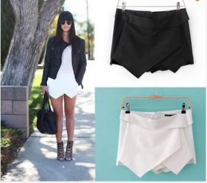 Hot Women Sexy Shorts Wrap Mini Skirts Culottes Pants (SR8235) pictures & photos