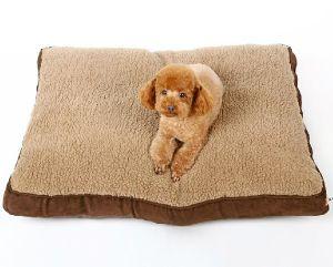 Pet Dog Puppy Soft Warm Sofa Bed (bd5010)