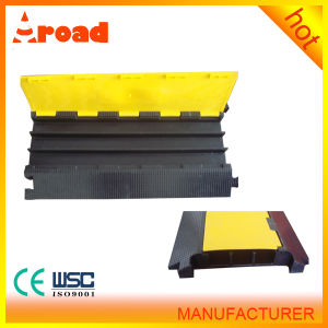 Durable3 Channels Rubber Speed Hump of Cable Protector pictures & photos
