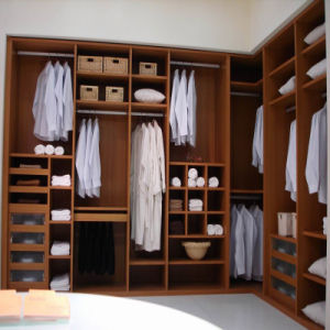 Large Multifunctional Solid Wood Wardrobe Factory Price Directly for Home Furniture pictures & photos