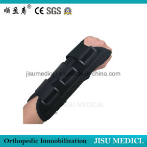 Black Adjustable Wrist Brace pictures & photos