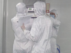 Gmt Used in Cleanroom or Workshop pictures & photos