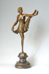 Bronze Sculpture (EP-210)
