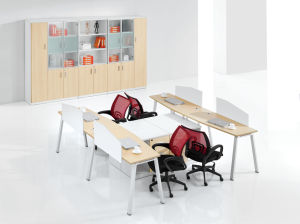 Simple Style 4 Seat Office Bench Office Workstations Desk pictures & photos