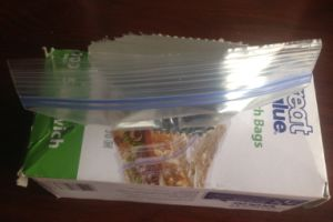 Sandwich Bag with Double Zipper Closure pictures & photos