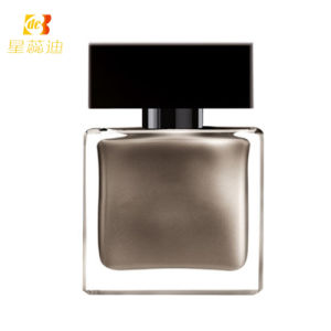New Beauty Glass Perfume Bottle pictures & photos