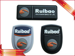 Customized Rubber Garment Label PVC Embossed Label pictures & photos