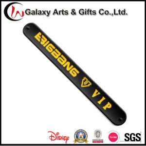 Custom Silk Screen Printing Silicone Slap Band for Vocal Concert