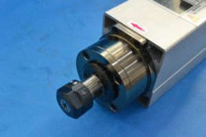 Woodworking Air-Cooling CNC Spindle Motor Gdf46-24z/1.5 pictures & photos