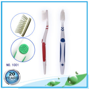 Anti-Slip Handle Adult Toothbrushes with Soft Rubber pictures & photos