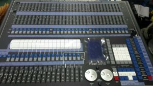 Pearl 2010 Controller for Stage Lighting pictures & photos