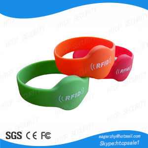 Access Control Waterproof RFID Wristband pictures & photos