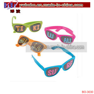 Luau Pinhole Glasses Promotional Sunglasses Yiwu Market (BO-3030) pictures & photos