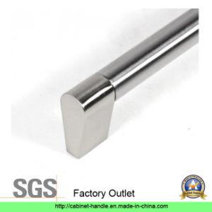 Factory Price Hollow Steel Furniture Kitchen Cabinet Hardware Door Pull Handle (T 138) pictures & photos