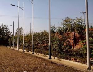 Street Light Galvanized/Prepainted Steel Lamp Post Pole pictures & photos