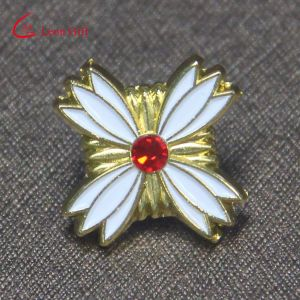 Factory Customized Gold Plated Gemstone Craft Lapel Pins pictures & photos