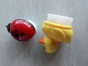 Novelty Nail Brush pictures & photos