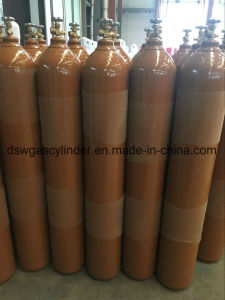 ISO9809-1 Oxygen Cylinder Withqf-2c2 Valve Export to Canada pictures & photos