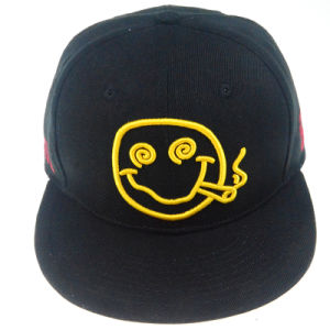 Black Clours Cotton Snapback Cap with Smile Embroidered pictures & photos