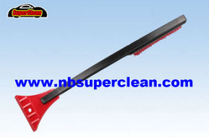 Snow Brush with Ice Scraper, Long Handle Snow Cleaning Brush (CN2276) pictures & photos