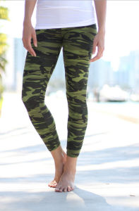 Plue Size Color Women Fashion Printed Leggings pictures & photos