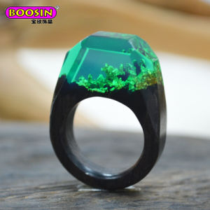 New Hot Sell Fashion Unique Secret Ebony Wood Resin Ring pictures & photos