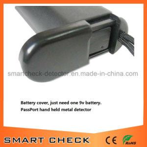 High Sensitive Hand Held Metal Detector Bomb Detector pictures & photos