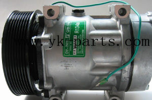 Auto AC Compressor (7H15-8044) for Volvo Truck pictures & photos