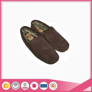 Real Suede with Faux Fur Men Moccasin Shoes Slipper pictures & photos