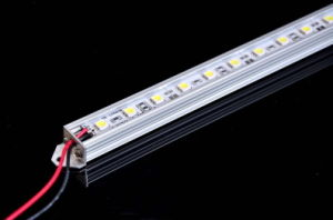 LED Aluminum Bar Light, Rigid Strip Light SMD3528-84LEDs/Meter pictures & photos