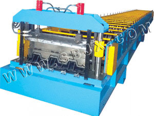 Metal Deck Roll Forming Machine II pictures & photos