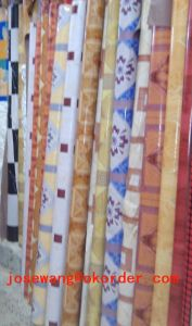 Bed Room PVC Flooring Roll 0.35mm 1.2mm pictures & photos