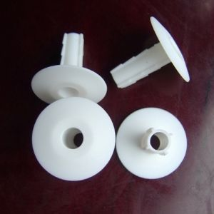 Coaxial Cable Nylon Wall Bushing in White pictures & photos