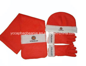 Children Fleece Hat Scarf Glove Set pictures & photos