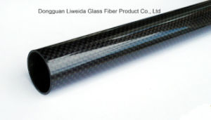 Roll Wrapped Carbon Fiber Tube 3k High Glossy Surface Tube pictures & photos