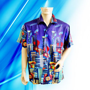 100% Polyester Man′s Short Sleeve Camp Shirt pictures & photos