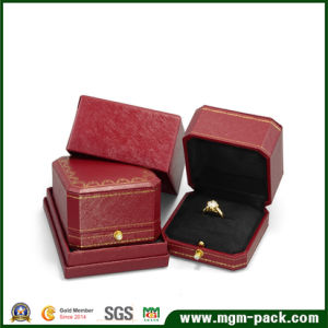Luxury Octagonal Plastic Jewelry Box with Clasp pictures & photos